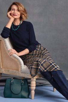 Merino crew neck sweater - 2 colours available