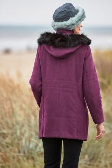 Janis Coat
